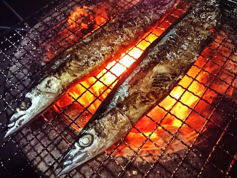 サンマの炭火焼
